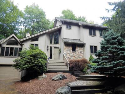 Photo of 1312 Musket Path, Pocono Pines, PA 18350