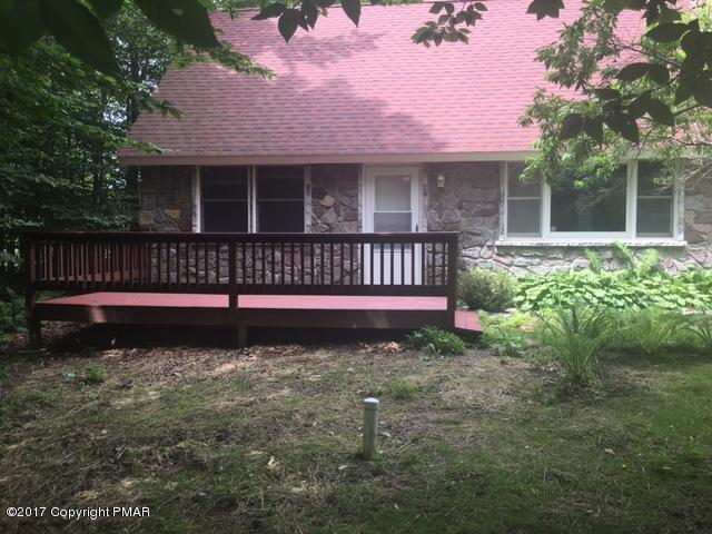 6364 Cherokee Trl, Tobyhanna, PA 18466