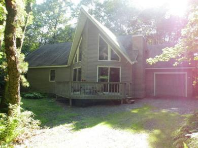 198 Ginsburg Cir, Albrightsville, PA 18210