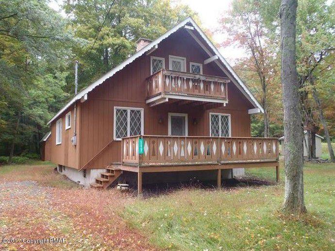 117 Shawnee Dr, Pocono Lake, PA 18347
