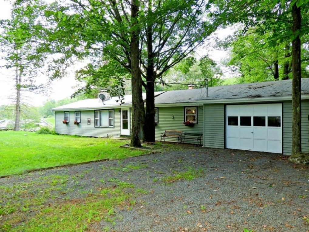 7524 Lake Shore Drive, Pocono Lake, PA 18347