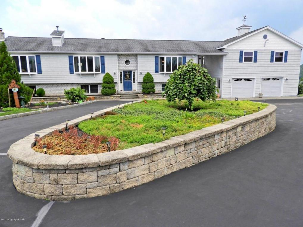 90 Palm Drive, Lehighton, PA 18235