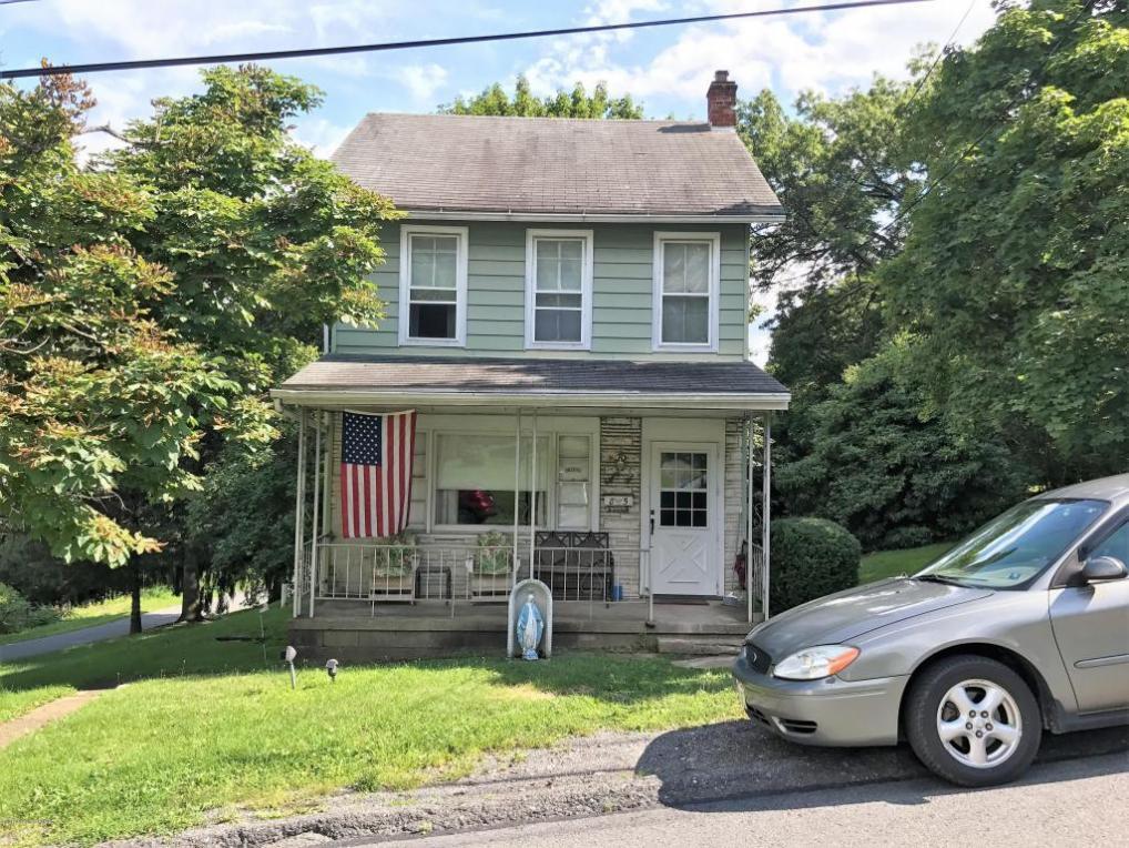 85 Beaver St, Lehighton, PA 18235