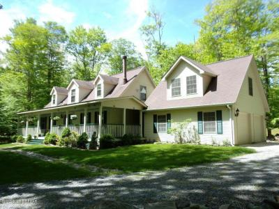 Photo of 18 Maurice Dr, Gouldsboro, PA 18424