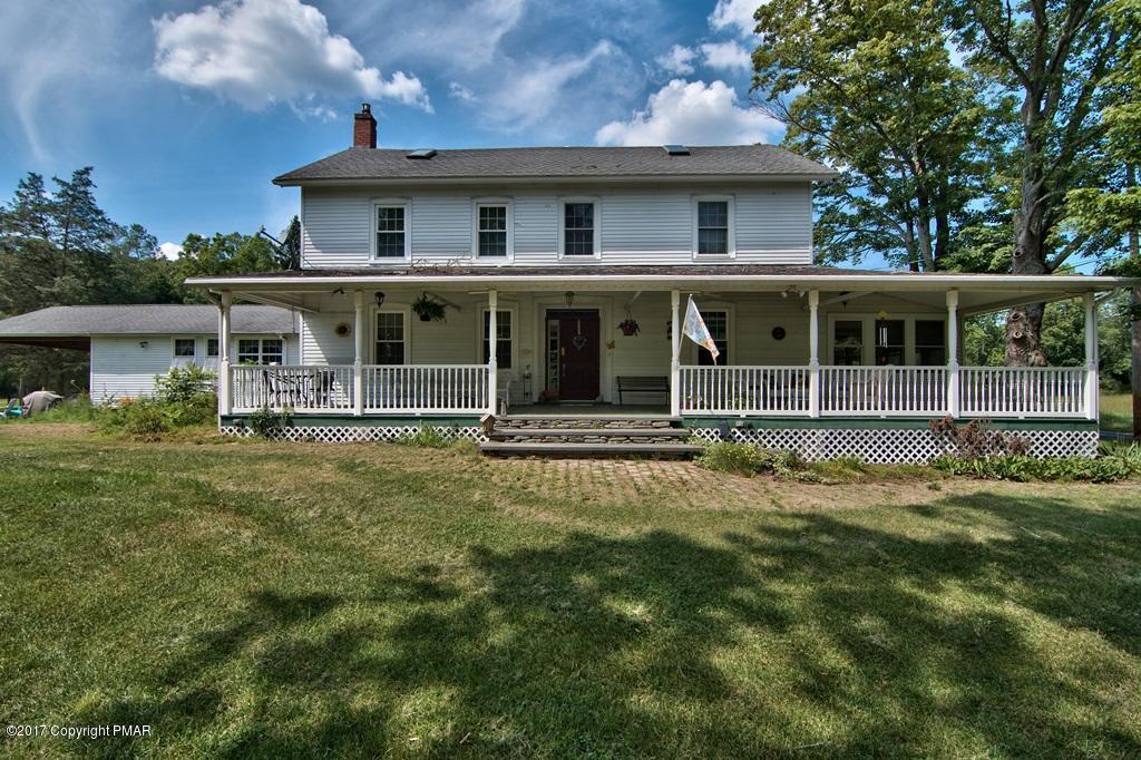 51 Sellersville Dr, East Stroudsburg, PA 18302