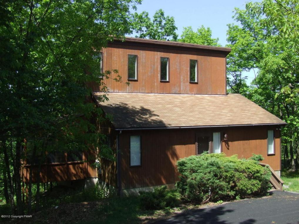 5142 Woodbridge Drive, Bushkill, PA 18324
