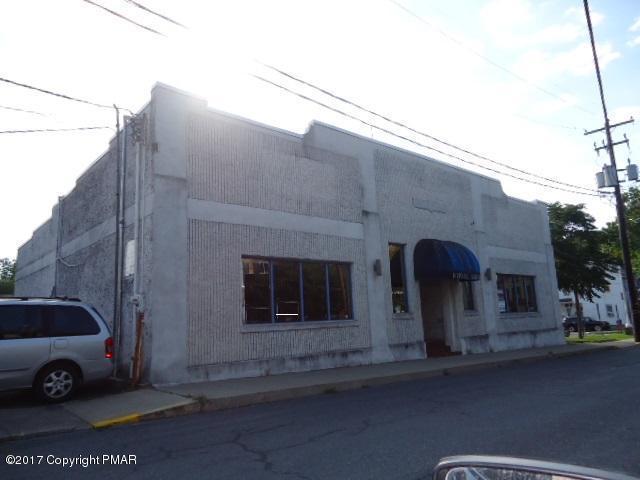 22 S 6th St, Stroudsburg, PA 18360