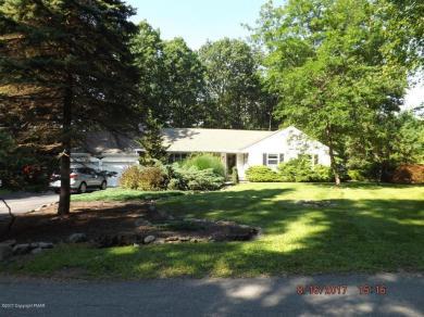 742 White Oak Rd, Cresco, PA 18326