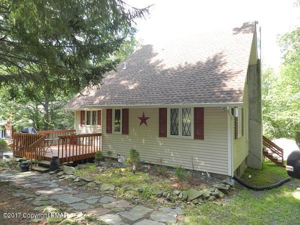 1110 Grouse Court, Bushkill, PA 18324