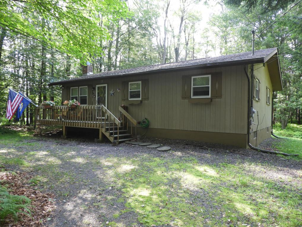 14 River Court, Gouldsboro, PA 18424