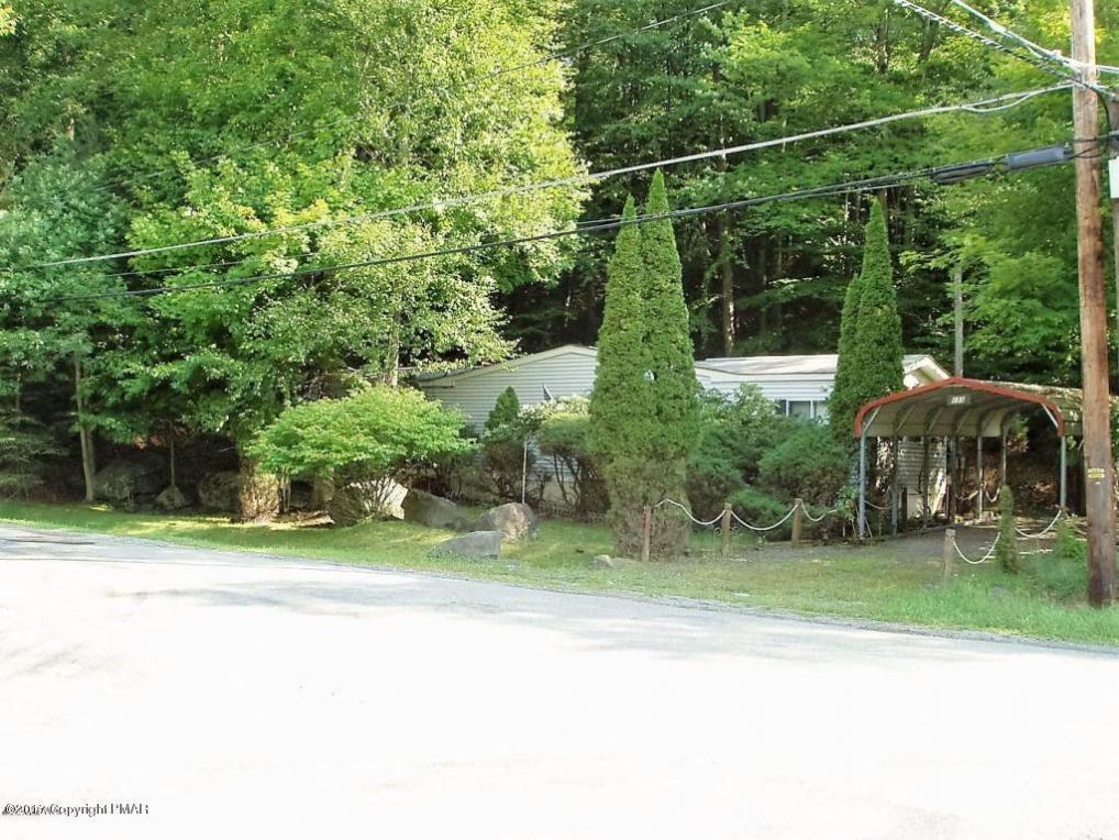 133 Southerton Ln, Greentown, PA 18426