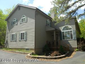 Photo of 155 Tumbleweed Dr, Long Pond, PA 18334