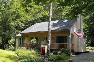 1272 Blackberry Rd, Pocono Lake, PA 18347
