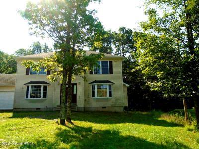 Photo of 2164 Bushkill Cir, Bushkill, PA 18324