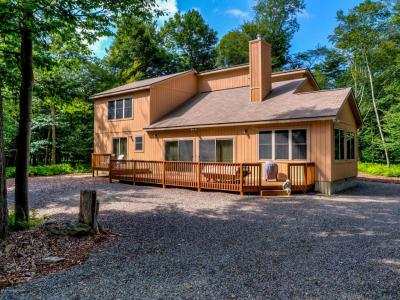 Photo of 109 Eagles View Drive, Gouldsboro, PA 18424