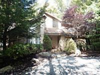 170 Flintlock Trl, Pocono Pines, PA 18350