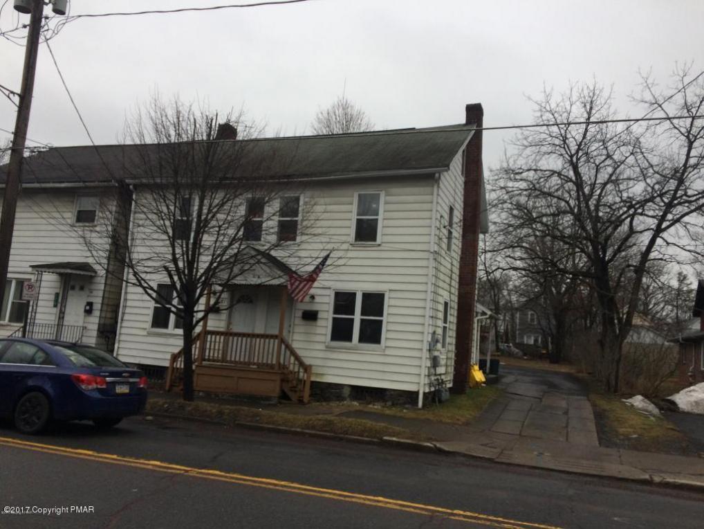 181/183 N Courtland St, East Stroudsburg, PA 18301