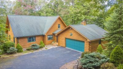 Photo of 63 Lakeview Timbers Drive, Gouldsboro, PA 18424