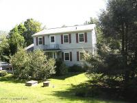 166 Overland Drive, Long Pond, PA 18334