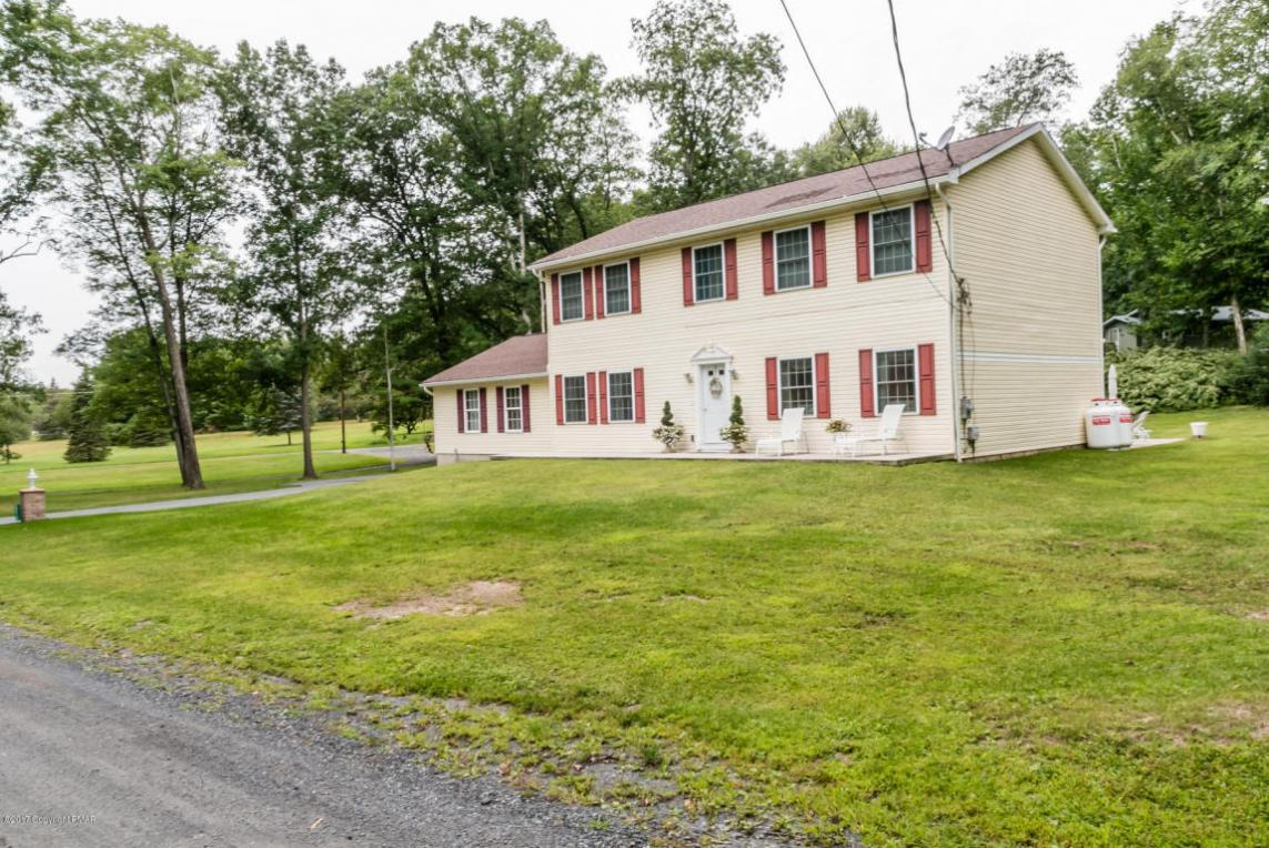 2210 Pioneer Rd, Stroudsburg, PA 18360