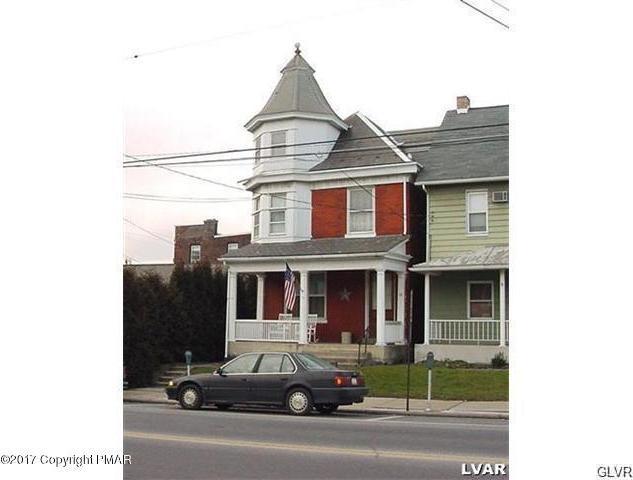 58 S Broad St, Nazareth, PA 18064
