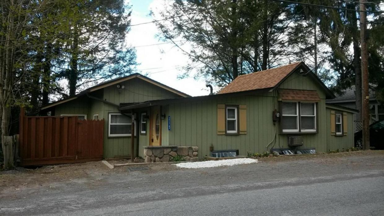 215 Lake Rd, Saylorsburg, PA 18353