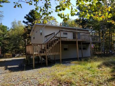 Photo of 277 Fern Ridge Road, Blakeslee, PA 18610
