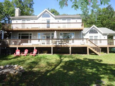 Photo of 393 Bear Creek Lake Dr, Jim Thorpe, PA 18229