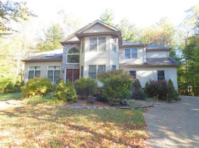 Photo of 5131 Woodland Ave, Pocono Pines, PA 18350