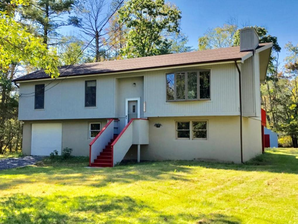3057 Pleasant View Dr, Kunkletown, PA 18058