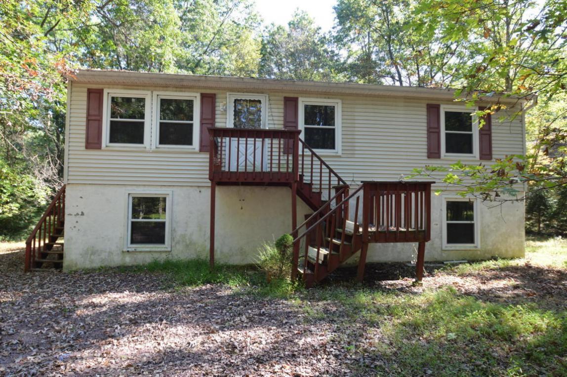 66 Thomas Ln, Albrightsville, PA 18210