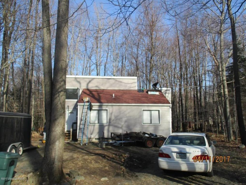 4528 Briarcliff Ter, Tobyhanna, PA 18466