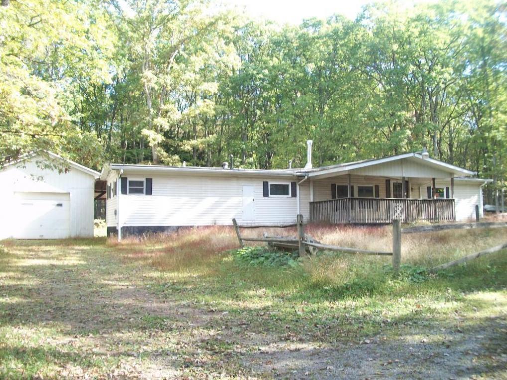 90 Bear Creek Dr, Jim Thorpe, PA 18229