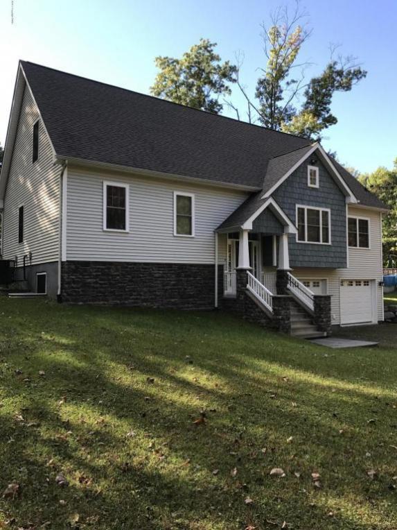 1017 Dancing Ridge Road, East Stroudsburg, PA 18302