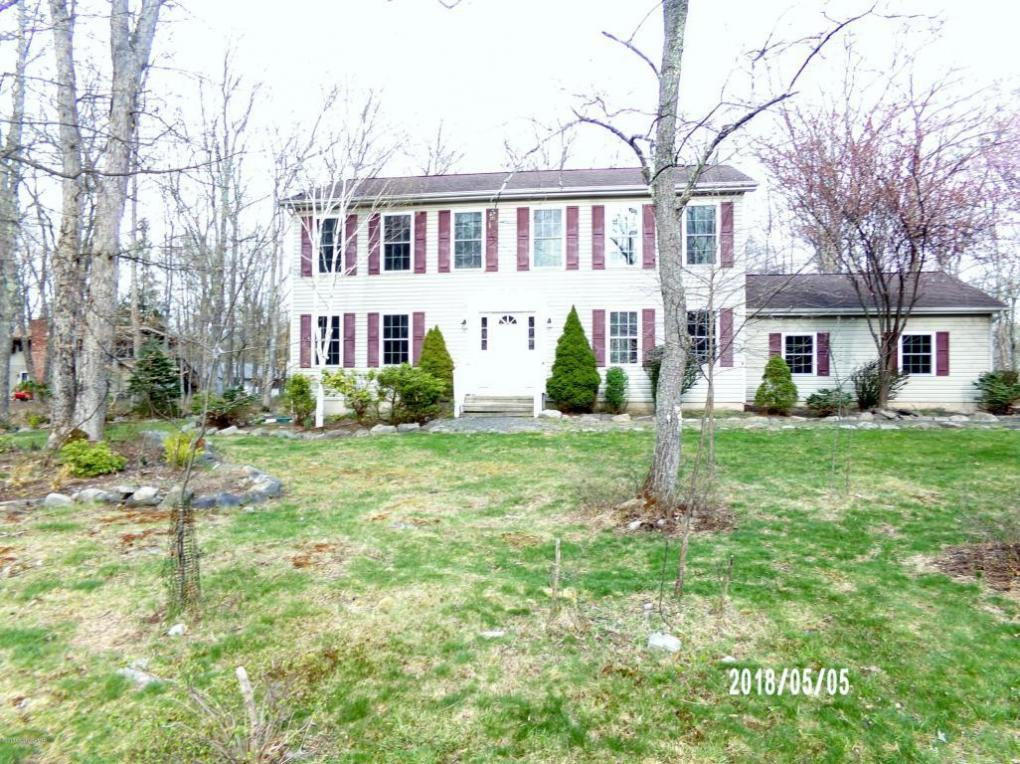 109 Jefferson Dr, Lords Valley, PA 18428