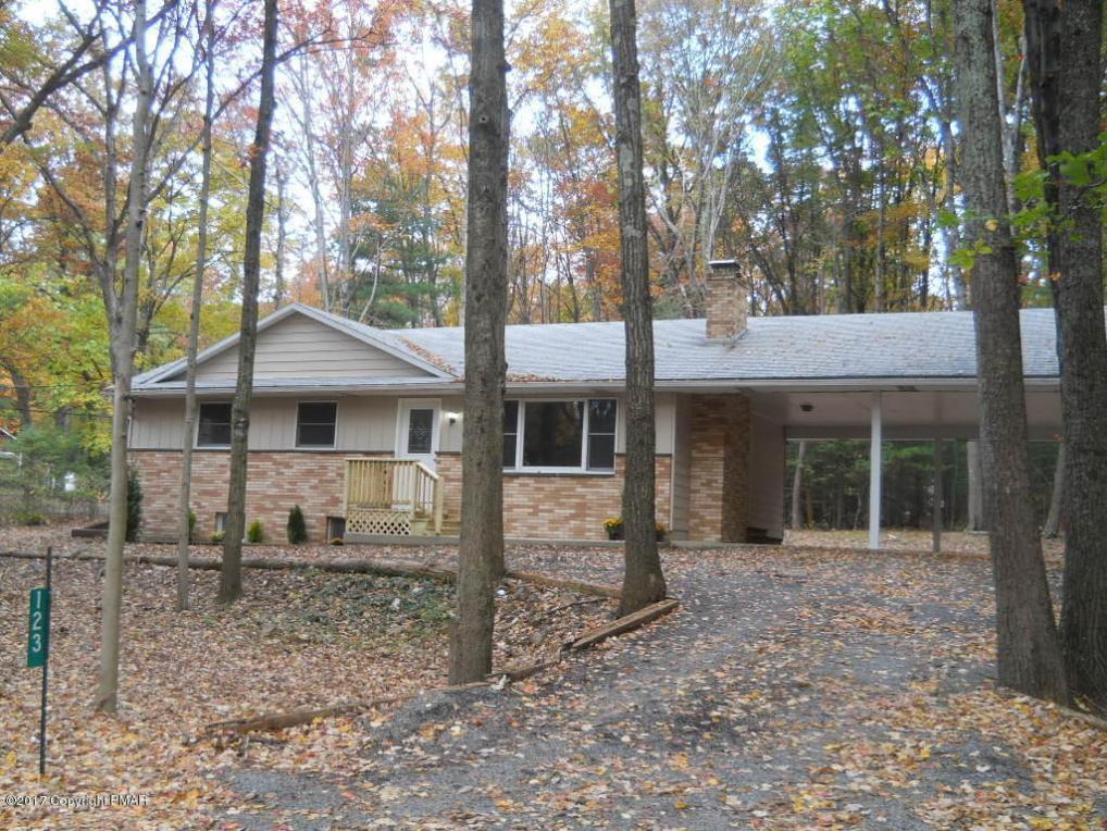 123 Dogwood Ln, Kunkletown, PA 18058