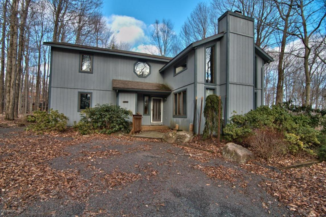 1139 Deer Run, Pocono Pines, PA 18350