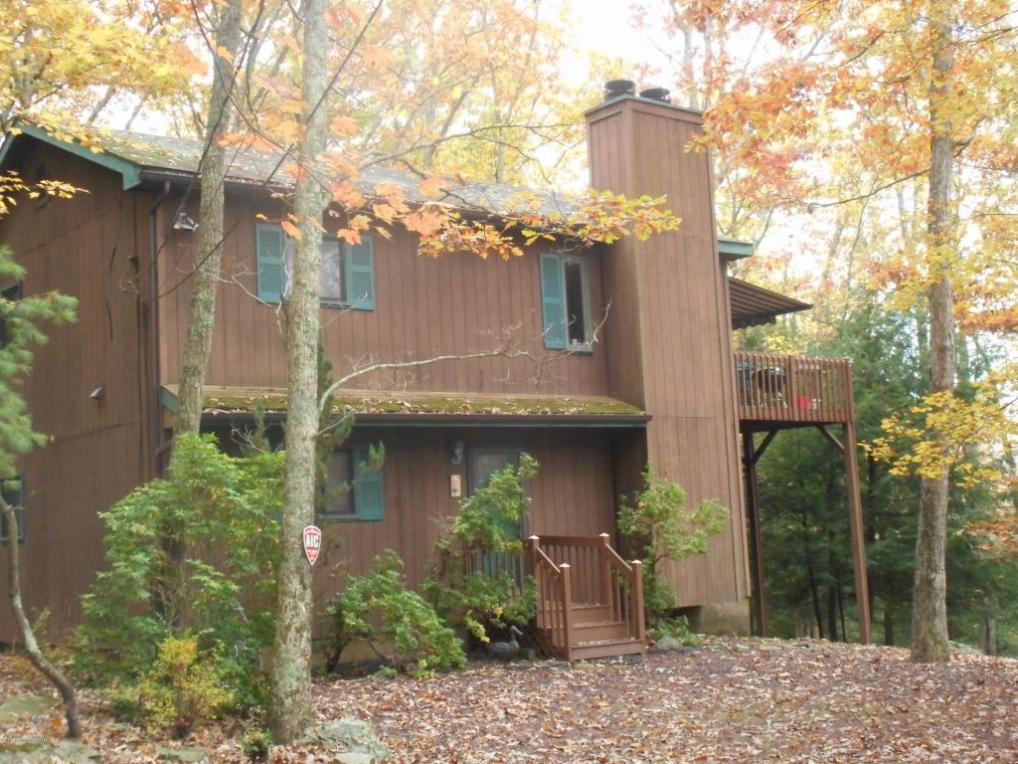 158 Forest Dr, Canadensis, PA 18325