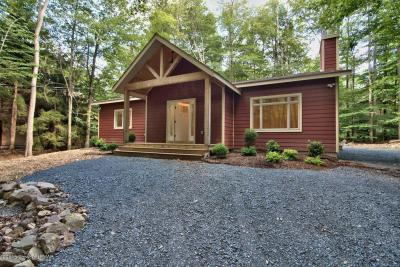 Photo of 462 Miller Dr, Pocono Pines, PA 18350