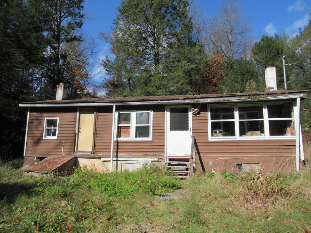 21 Laurel Ln, Albrightsville, PA 18210