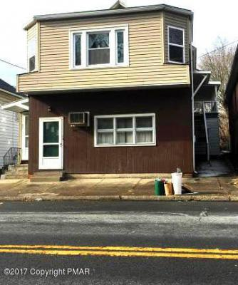 Photo of 437 N Courtland St, East Stroudsburg, PA 18301
