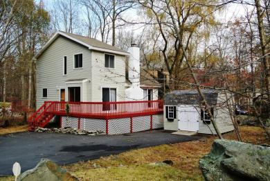 133 St Andrews Dr, Bushkill, PA 18324