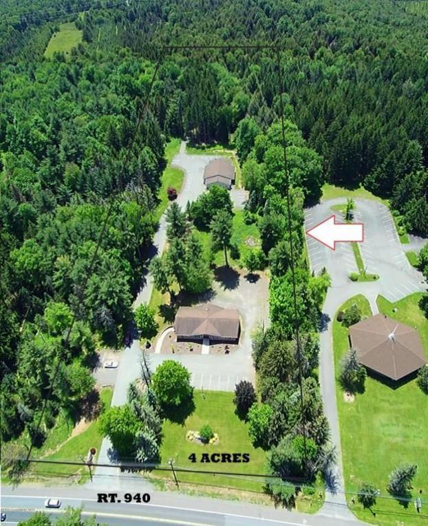 124-B Village Park Dr, Pocono Lake, PA 18347