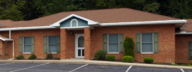 102 Skinner Hill Rd, Stroudsburg, PA 18360