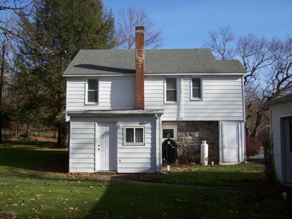 122 Sadie Ln, East Stroudsburg, PA 18301