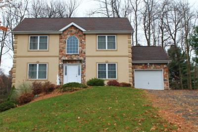 Photo of 104 Wolf Hollow Rd, Albrightsville, PA 12864