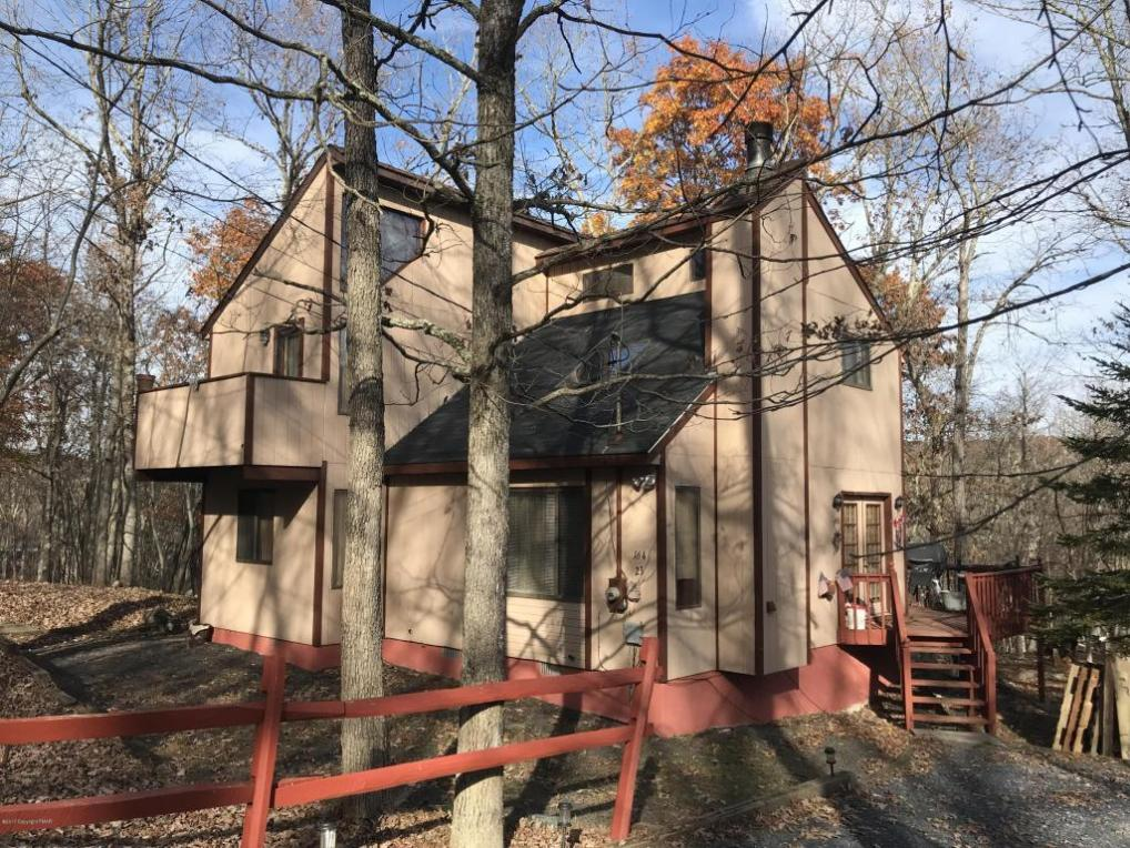 106 Harvard Ct., Bushkill, PA 18324