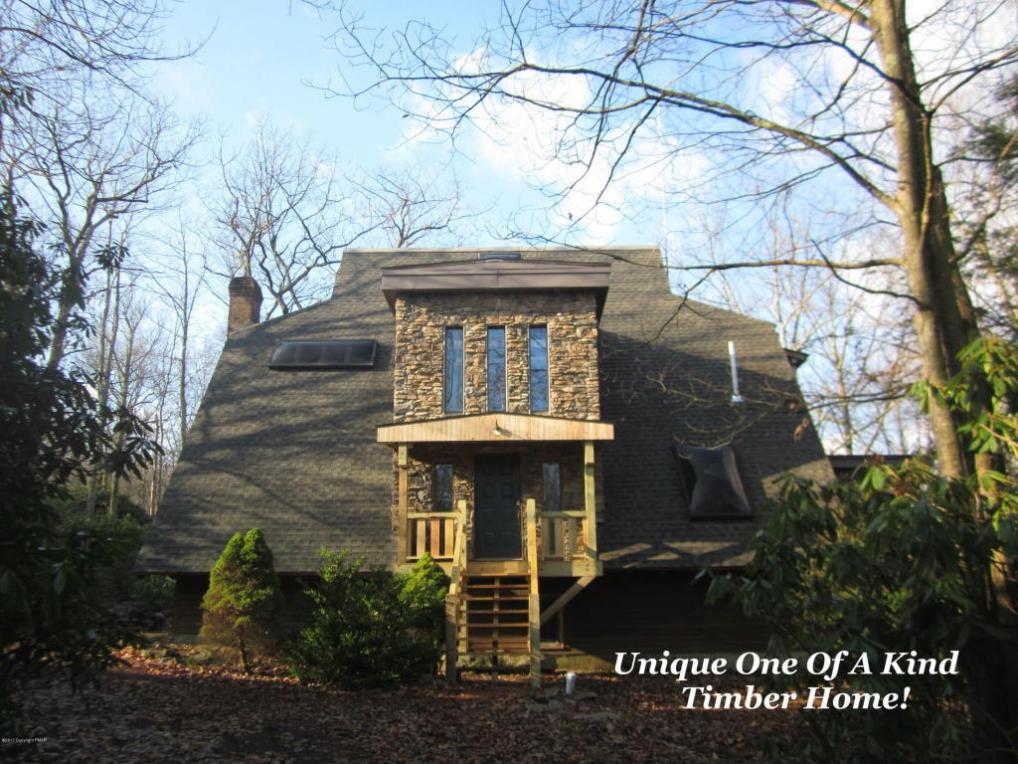 32 Tupelo St, Jim Thorpe, PA 18229