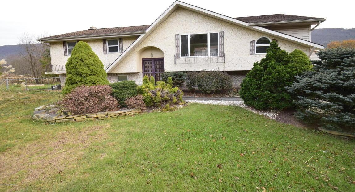 1965 Lower Smith Gap Rd, Kunkletown, PA 18058