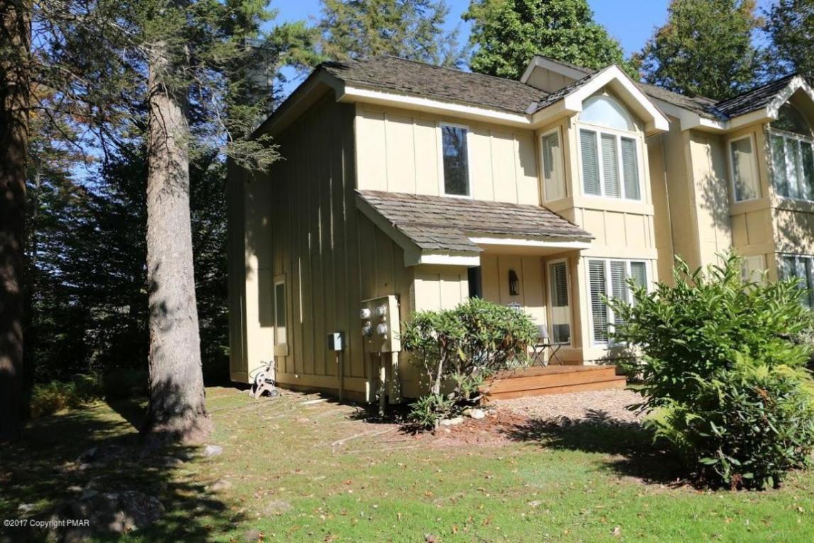 321 Chickagami Ln, Pocono Pines, PA 18350